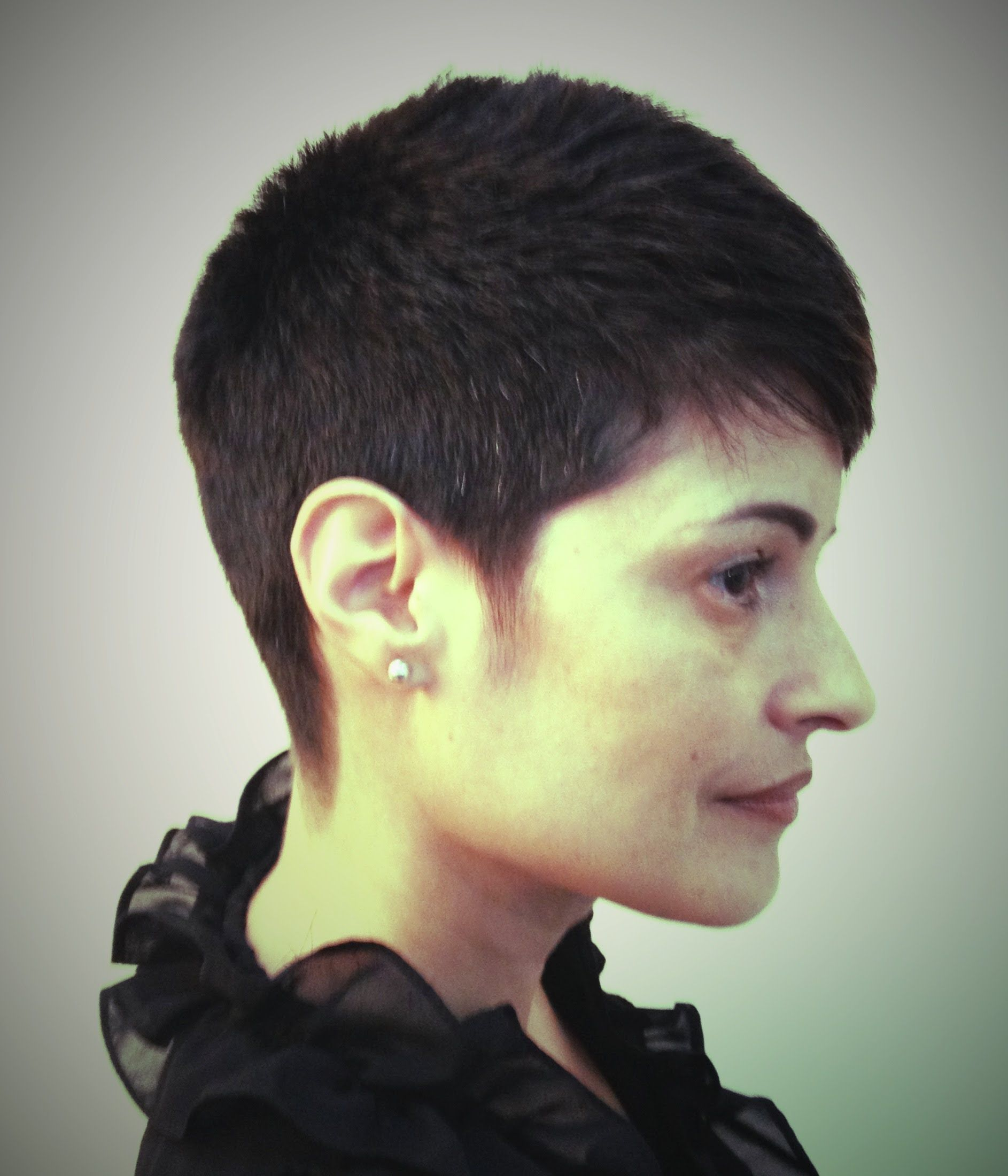 Rihanna Inspired Short Haircut Tutorial Short Haircuts Pinterest