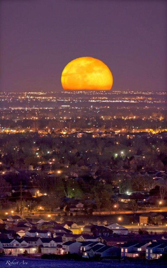 2012 May 5 ~ Full Moonrise - Click image to find more Science & Nature Pinterest pins