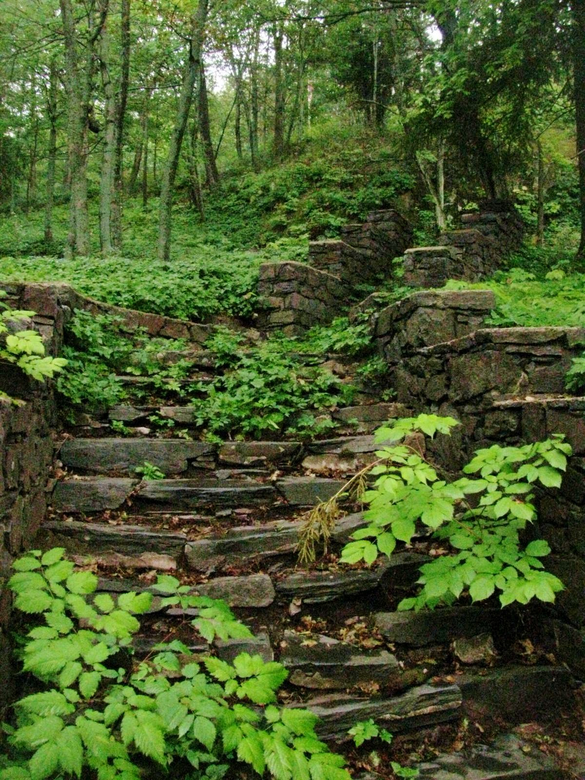 walkway up to Cliff's Cottage....owner of the Cliff Mines, Ishpeming