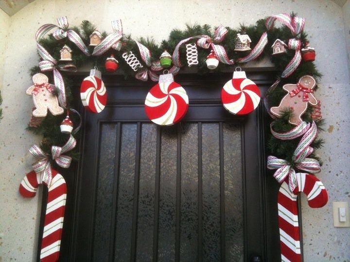 Adornos navide os para la puerta navidad for Guirnaldas navidenas para puertas y ventanas