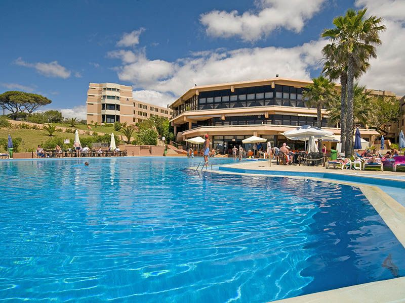 Offer Atol Protected Package Holidays At Auramar Beach Resort In Albufeira Book Your Including Flights And Accommodation For Just Deposit