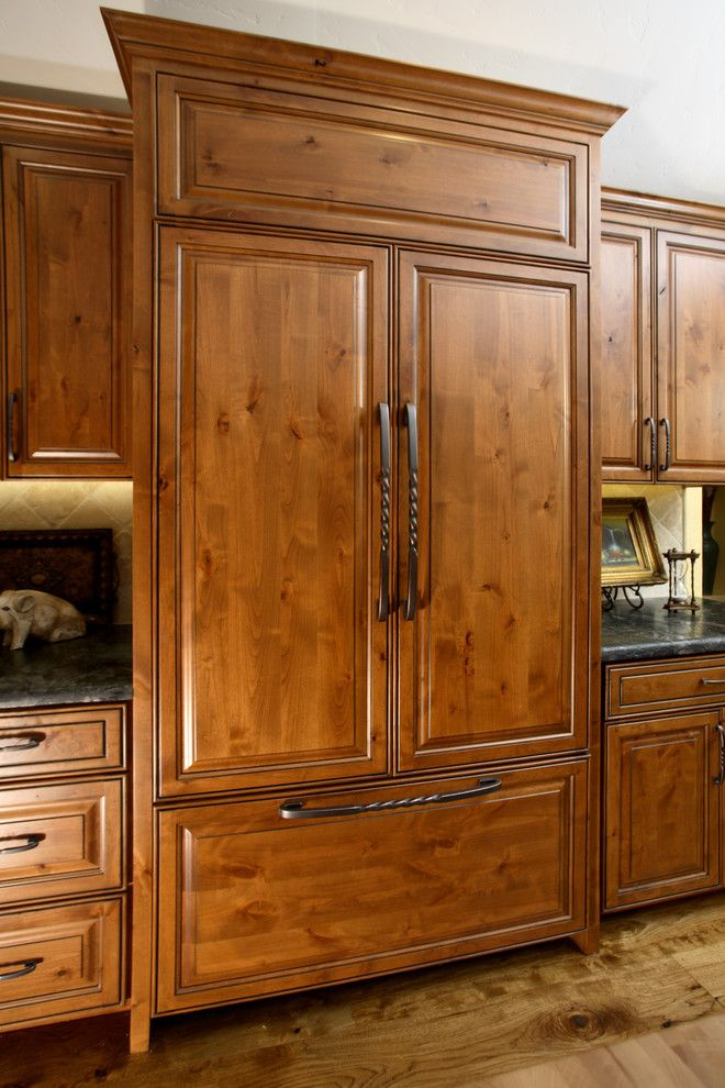 Knotty Alder Cabinets. Beautiful Dark Kitchen Cabinets ...