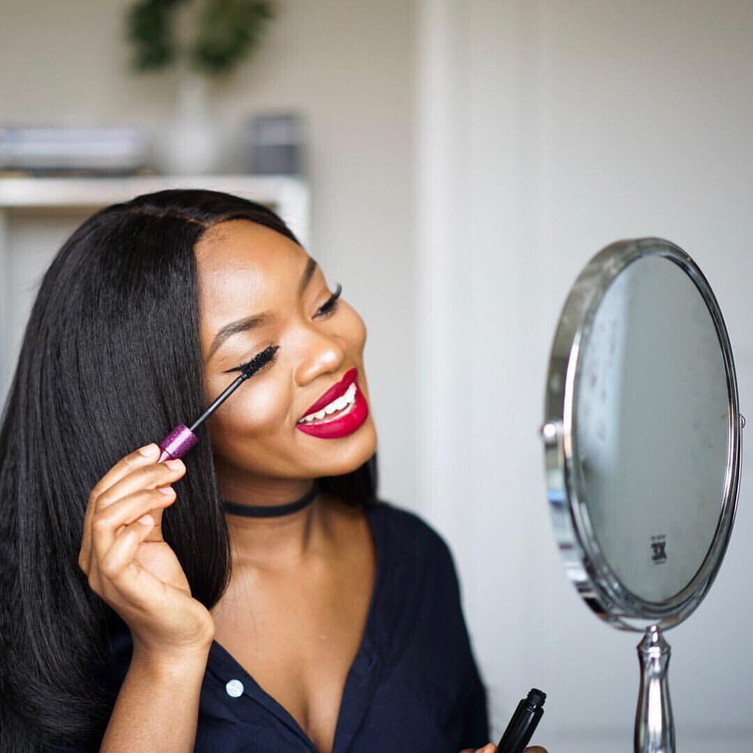 Beauty Blogger Lola Akinkuowo Thinkpoppy Red Lipstick -4531