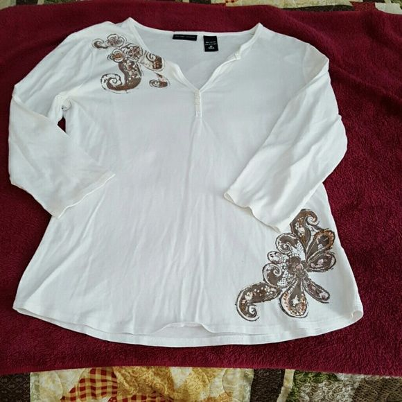 Cute White Top M Cute white top withe brown design with embellishments. Slighty worn. Size Medium 3/4 sleeves New York & Company Tops Tees - Long Sleeve