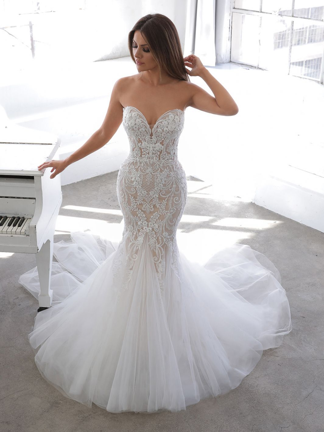 Newsletter Online Wedding Dress Fitted Lace Wedding Dress Wedding Dresses [ 1418 x 1064 Pixel ]