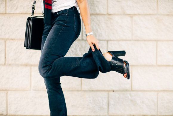Amy Havens of Dallas Wardrobe struts in our Can't Get Enough Fringe Mule.
