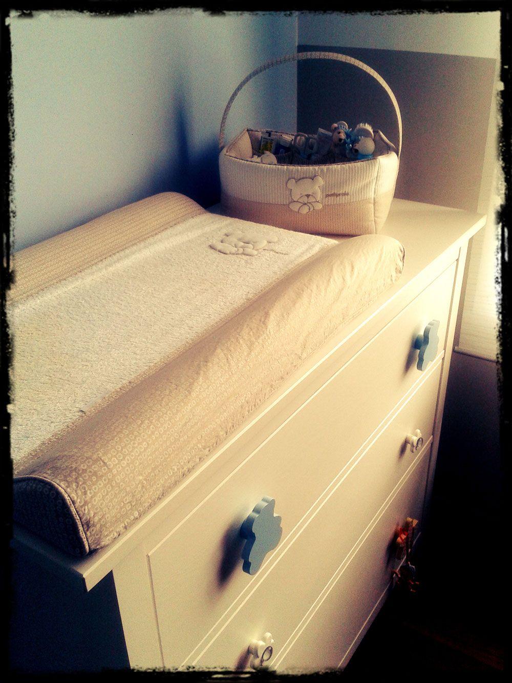 Transforma una c moda de ikea en un coqueto cambiador de beb diy m s fotos en el siguiente - Cambiador de bb ...
