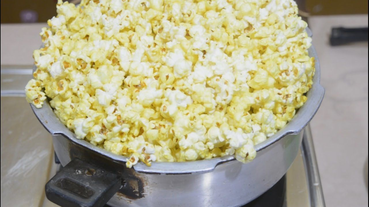 How to Make Popcorn in A Pressure Cooker?