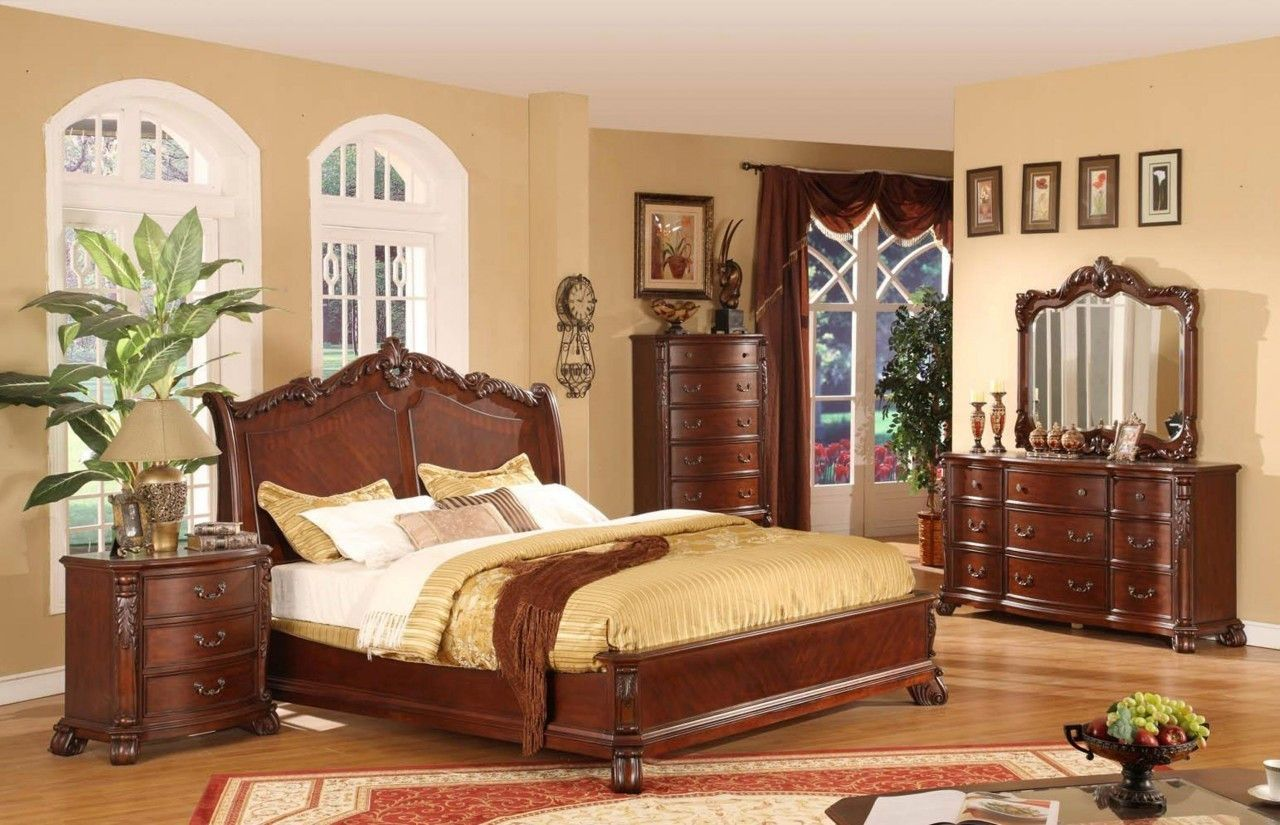 Lifestyle Furniture 9642 Cherry King Bedroom Set High Point