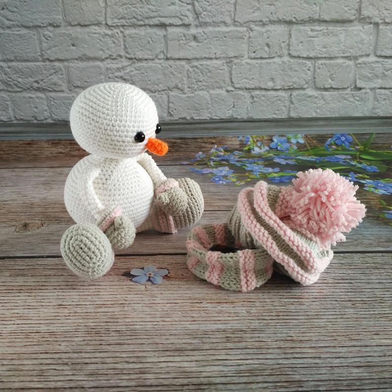 The Friendliest Free Crochet Snowman Patterns on the Internet (12 ... | 794x794