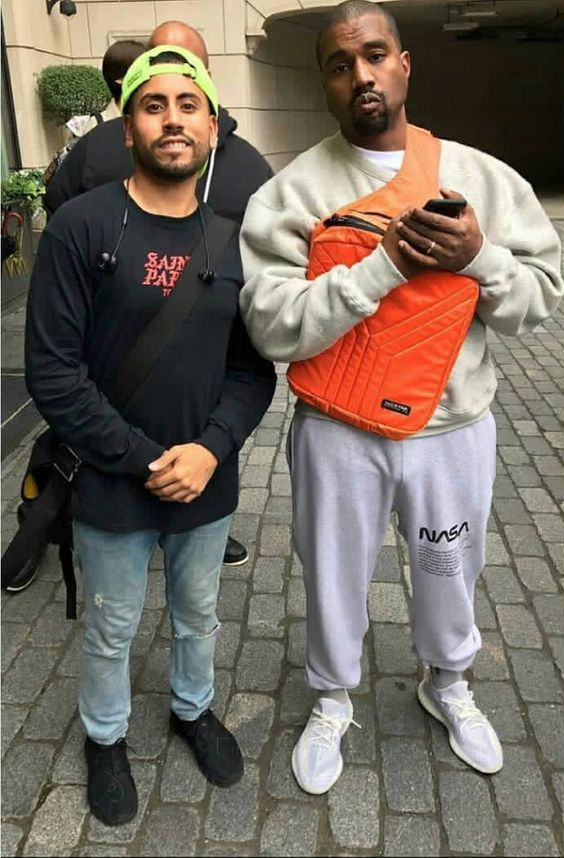 For Sale Cheap Adidas Yeezy Boost 350 V2 Sesame Replica Kanye West Outfits Kanye West Style Kanye Fashion