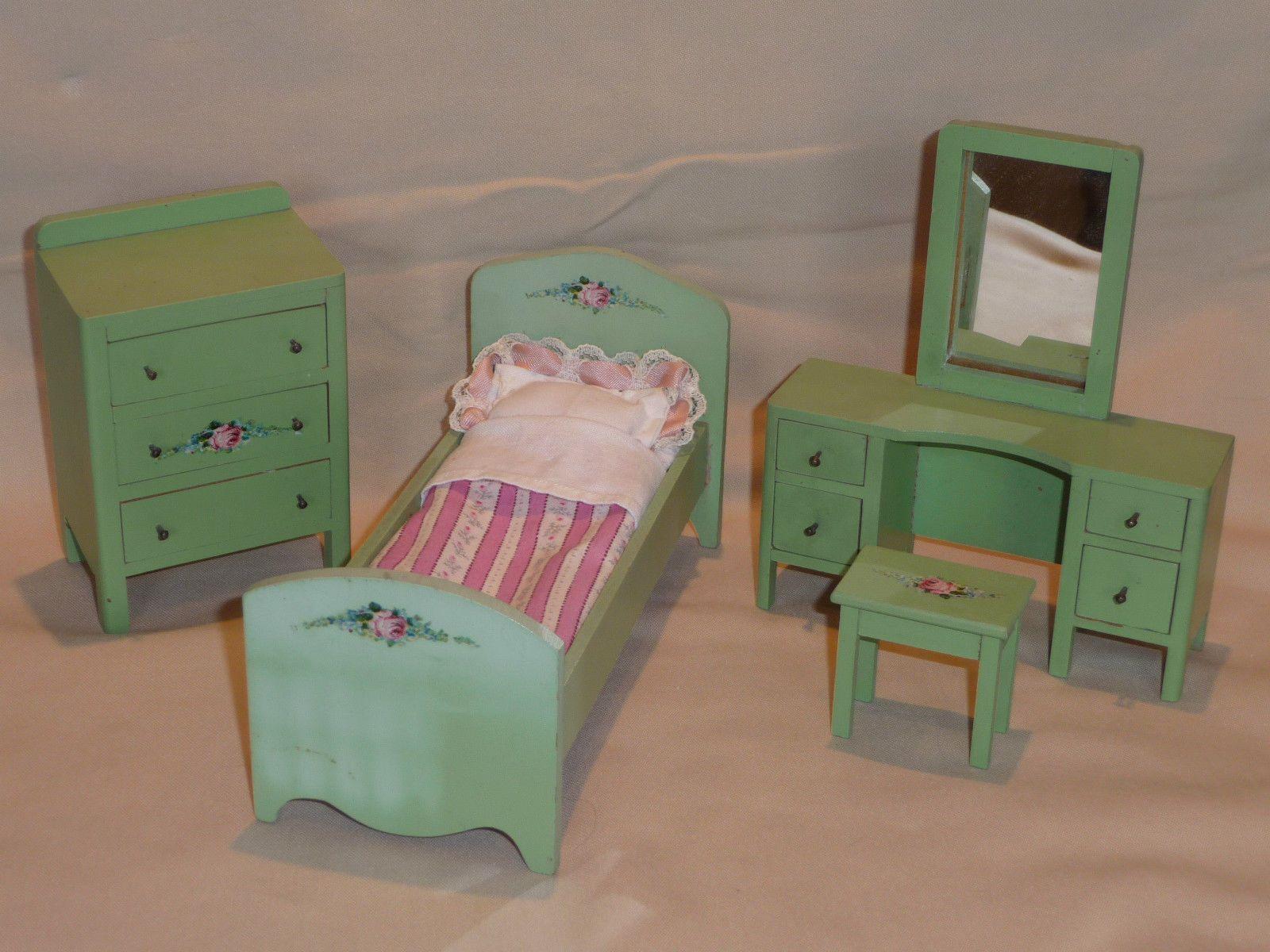 1:12 Scale Wisconsin Toy Company Goldilocks Bedroom Set 20s/30s