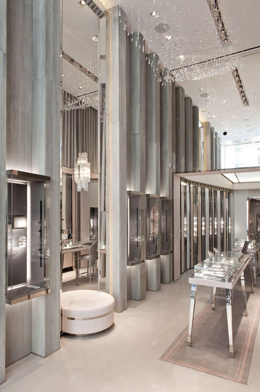 Souvent Messika's flagship store - 259 rue Saint-Honoré 75001 Paris  CF38