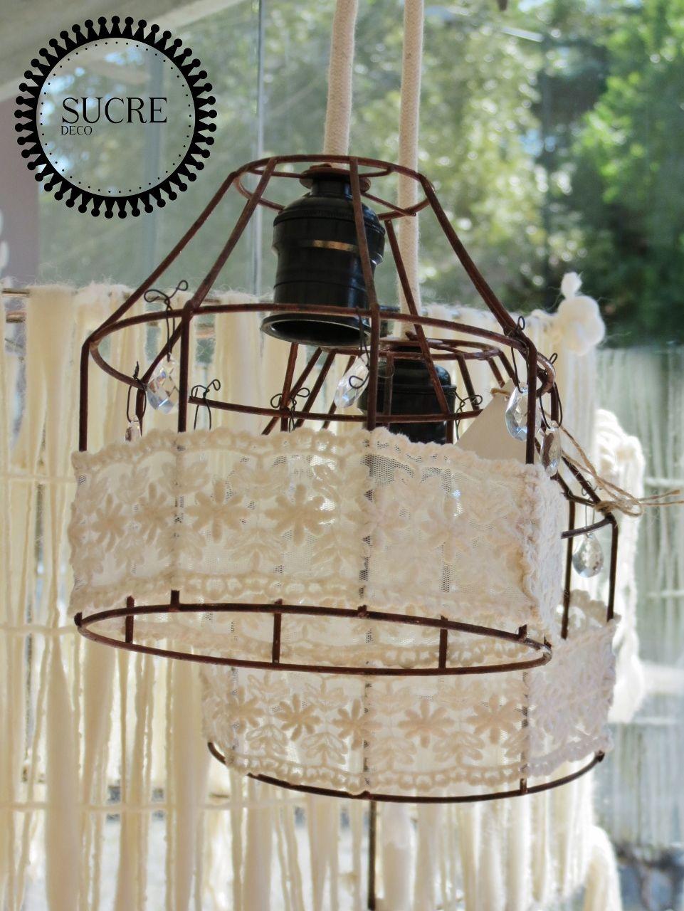 Lampara lamparin de techo en hierro con puntilla y - Lamparas estilo shabby chic ...
