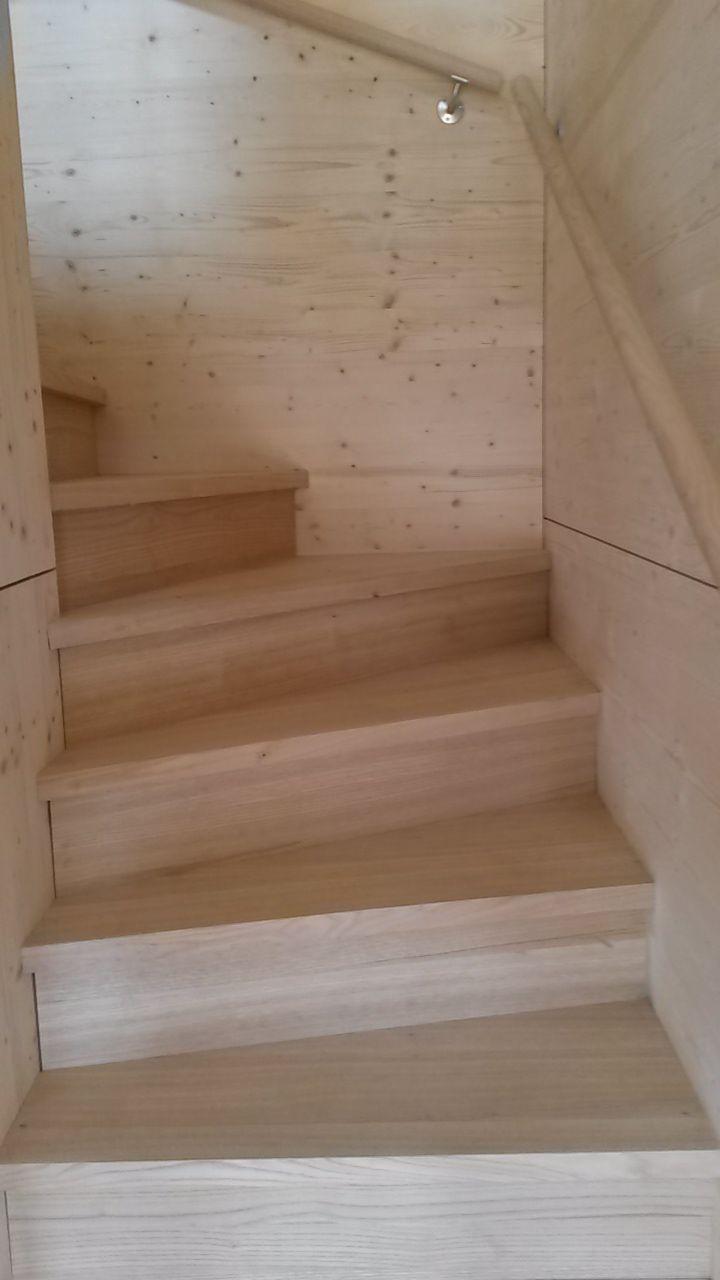 Escalier balancé en chataignier   Home decor, Home, Decor