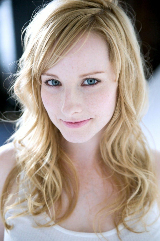 Melissa Rauch | Melissa rauch, Melissa raunch, Celebrity faces