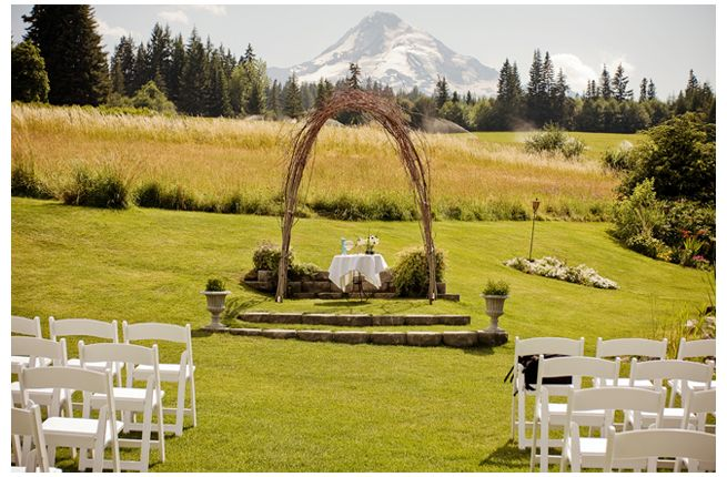 find this pin and more on mt hood bed n breakfast my aunts place hood b wedding venue