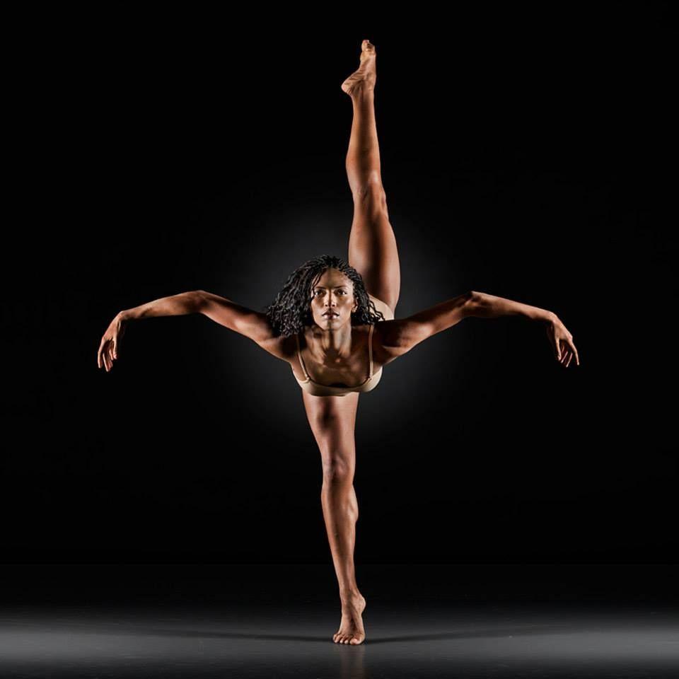 танцы с голыми женщинами фото проволочки приставлю