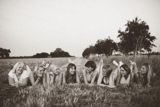 www.leonie-loewenherz.com   FRIENDSHIP   Summer Photoshooting with my best friends   Fotoshooting im Sommer mit meinen besten Freundinnen
