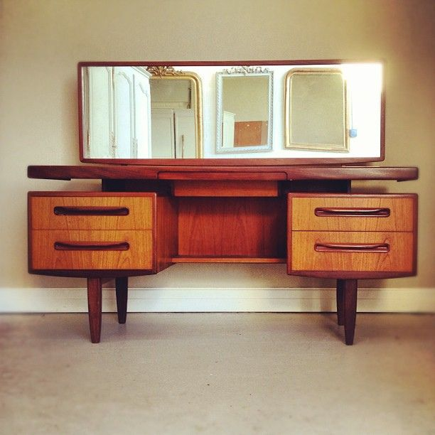 Mid Mod Vintage Retro G Plan Dressing Table. Love The