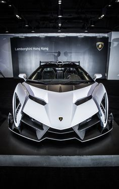 Lamborghini Veneno Roadster #luxure #car #machine