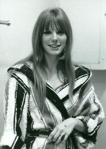 The lovely Pamela Courson longtime on-and-off companion of Doors frontman  sc 1 st  Pinterest & The lovely Pamela Courson longtime on-and-off companion of Doors ...