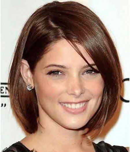 Short Hairstyles For Women Over 45 Latest Haircuts Long Oval Shaped