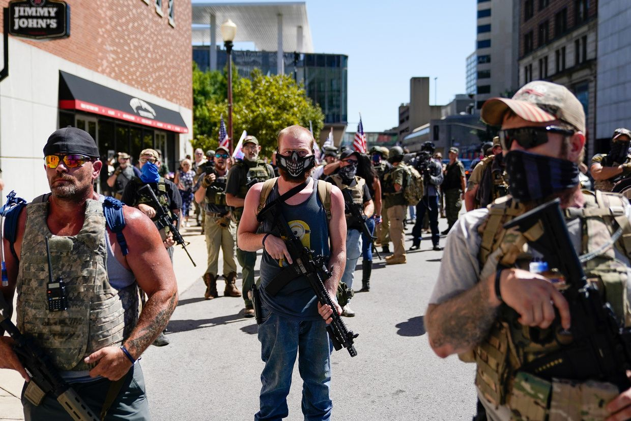 Black Militia Armed Patriots Blm Protesters Face Off In Louisville On Chaotic Kentucky Derby Day Videos News Derby Day Louisville Churchill Downs