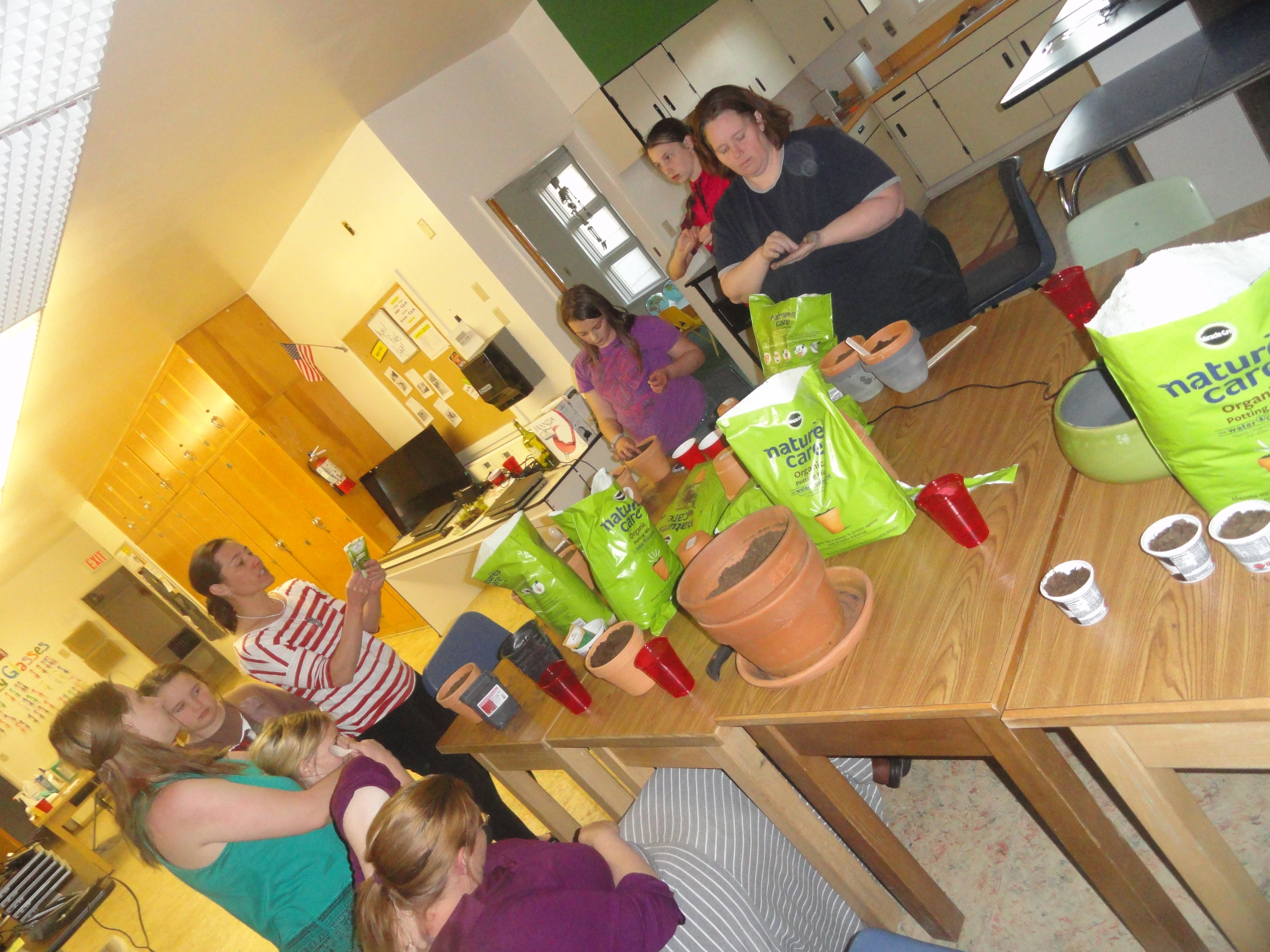 Girls Night Out At The #PowellMakerSpace Planting Herb Gardens And Making DIY  Garden Tags.