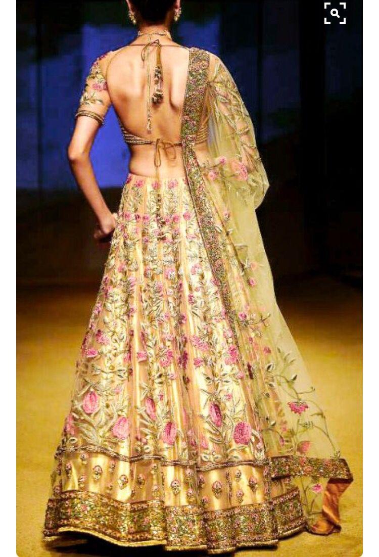 Pin von Dreaming Loud auf Lehengas and half sarees | Pinterest
