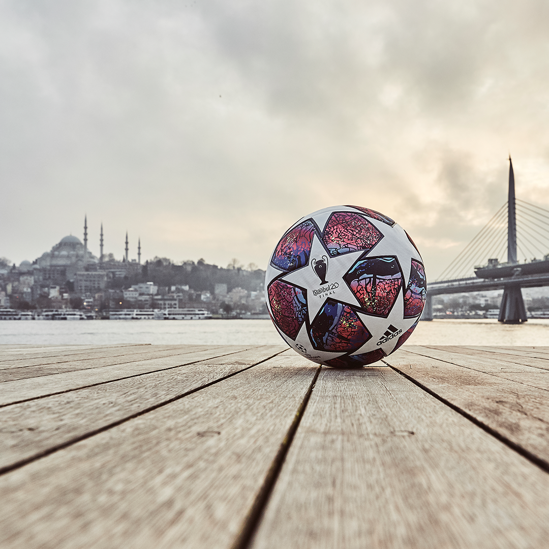finale istanbul official match ball for the 2019 20 uefa champions league knockout stages featuring the l in 2020 soccer pictures soccer balls uefa champions league soccer balls uefa champions league