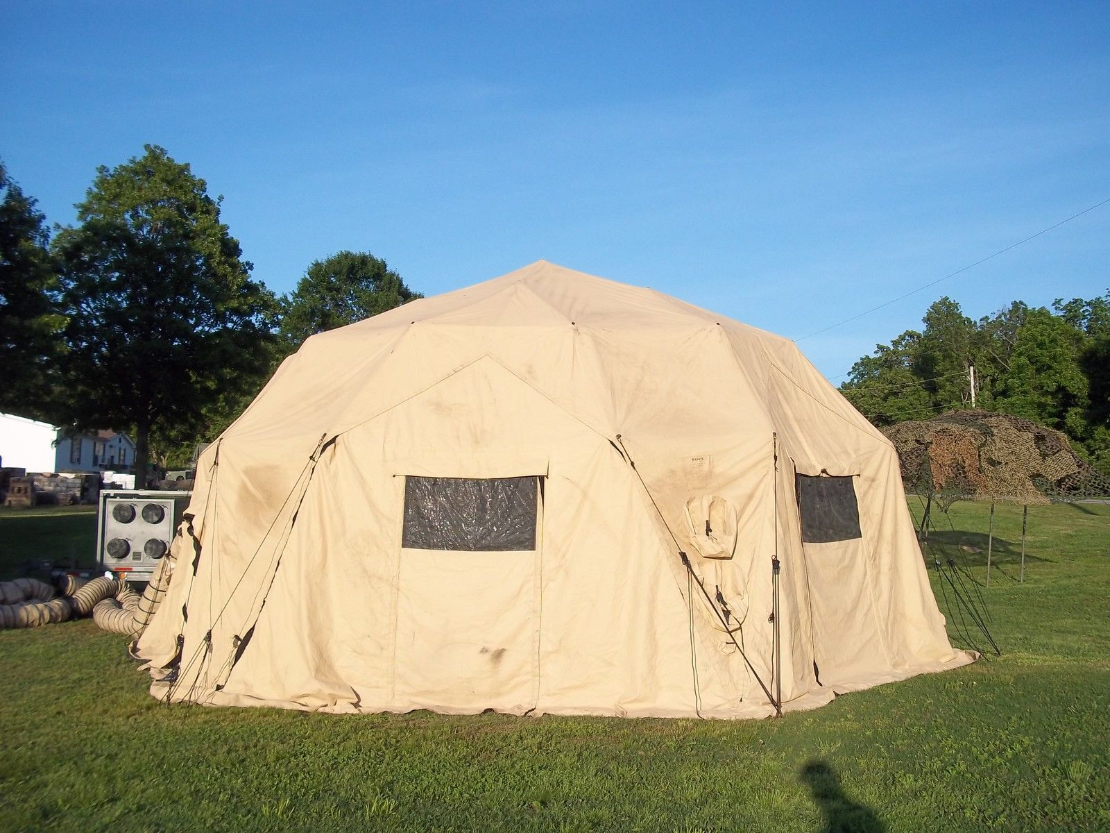 MILITARY TENT BASE- X 6D31 TAN  EASY UP  31u0027x31u0027 SURPLUS ARMY CAMPING US : military tents shelters - memphite.com