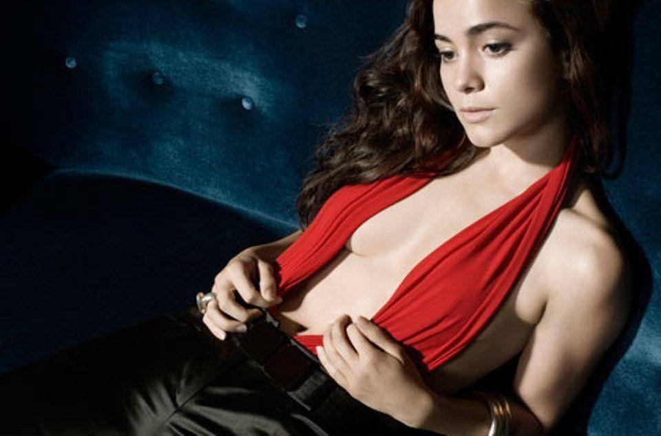Alice Braga Hot Brazilian Women Beautiful Actresses