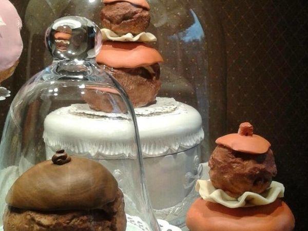 Fabrication de pâtisseries décoratives pour le parc Disneyland pour le Land…