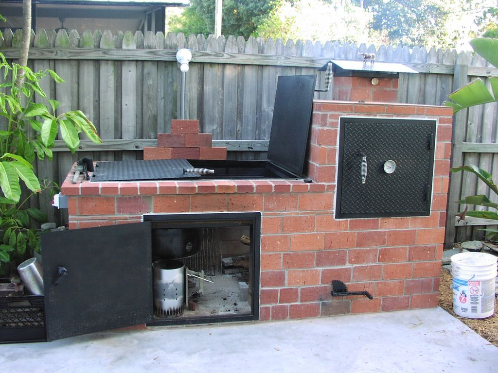 Brick barbecue barbecues bricks and backyard for Backyard barbecues outdoor kitchen