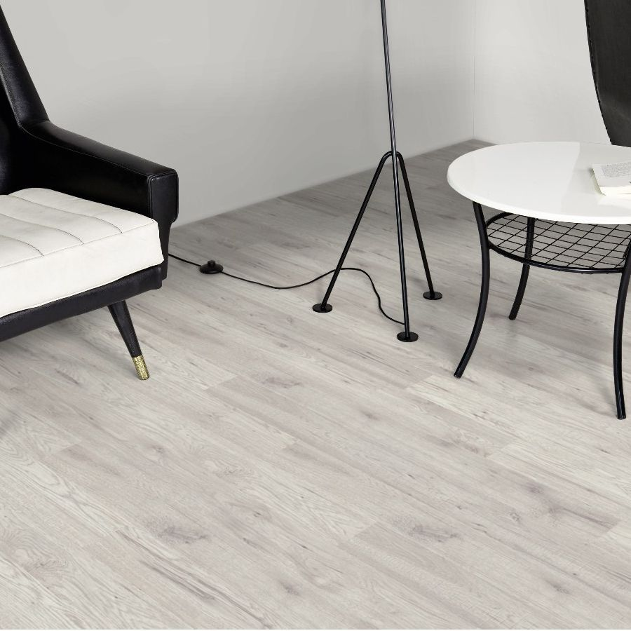 Ostend natural fresno effect laminate flooring 176 m pack ostend natural fresno effect laminate flooring 176 m pack dailygadgetfo Images