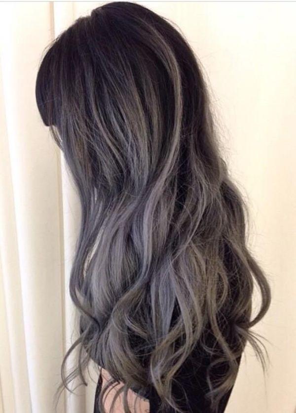 ヘアカラーを変えるなら 秋の髪色は大人ピュアなシースルーブラックが
