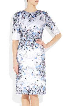 Erdem floral dress. So ladylike yet sexy.
