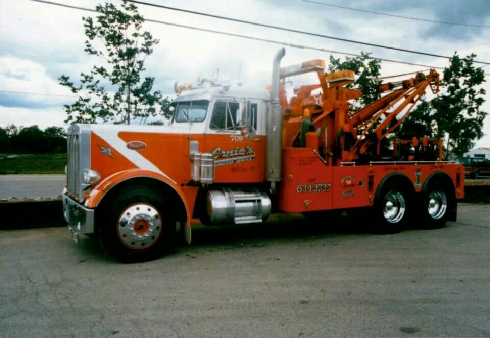 Peterbilt With Holmes 750 And A Drag Winch 🇺🇸 🚨 🇺🇸 Tow