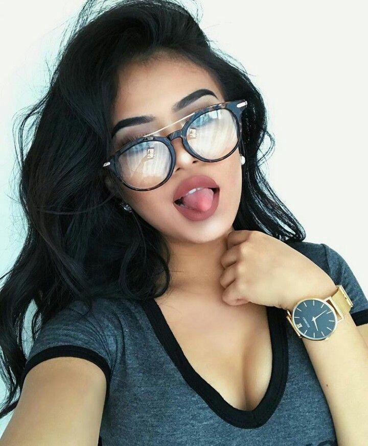 3f9fce7d2 naomirose16 | Inspirations | Usando óculos, Óculos de grau e Óculos shop