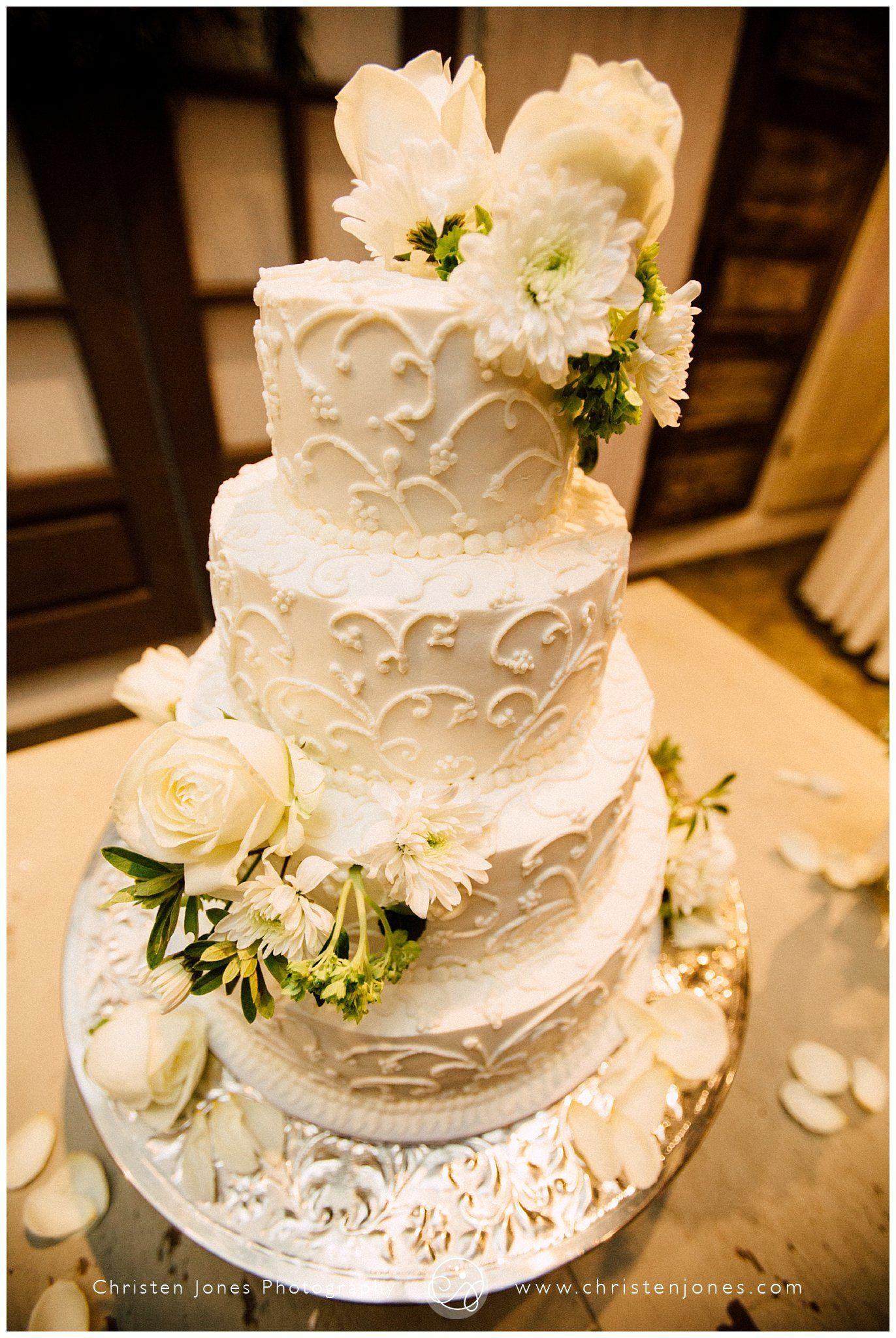White Flowers On Wedding Cake