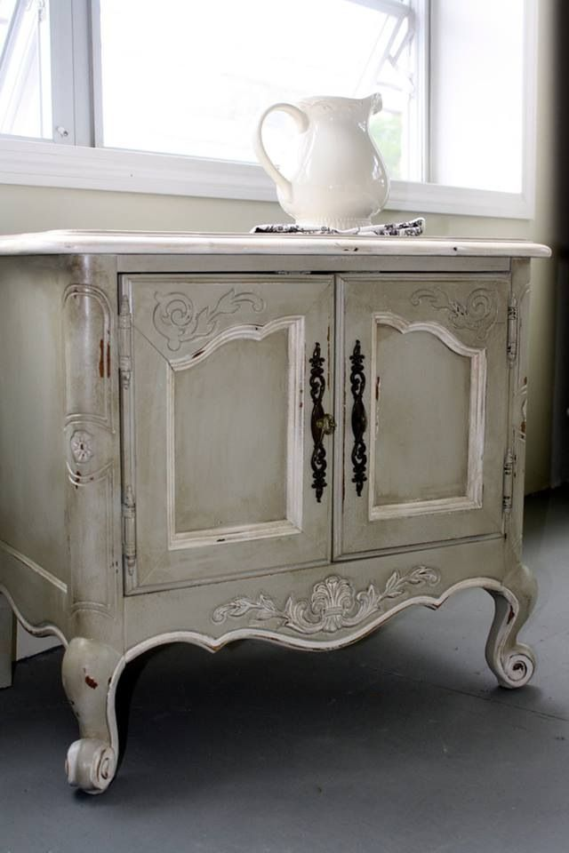 Wonderful gray cabinet!!