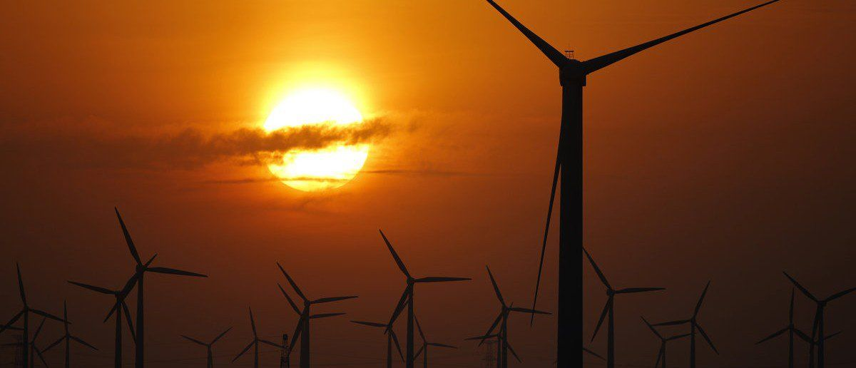 Dark red texas is the only state where wind power works