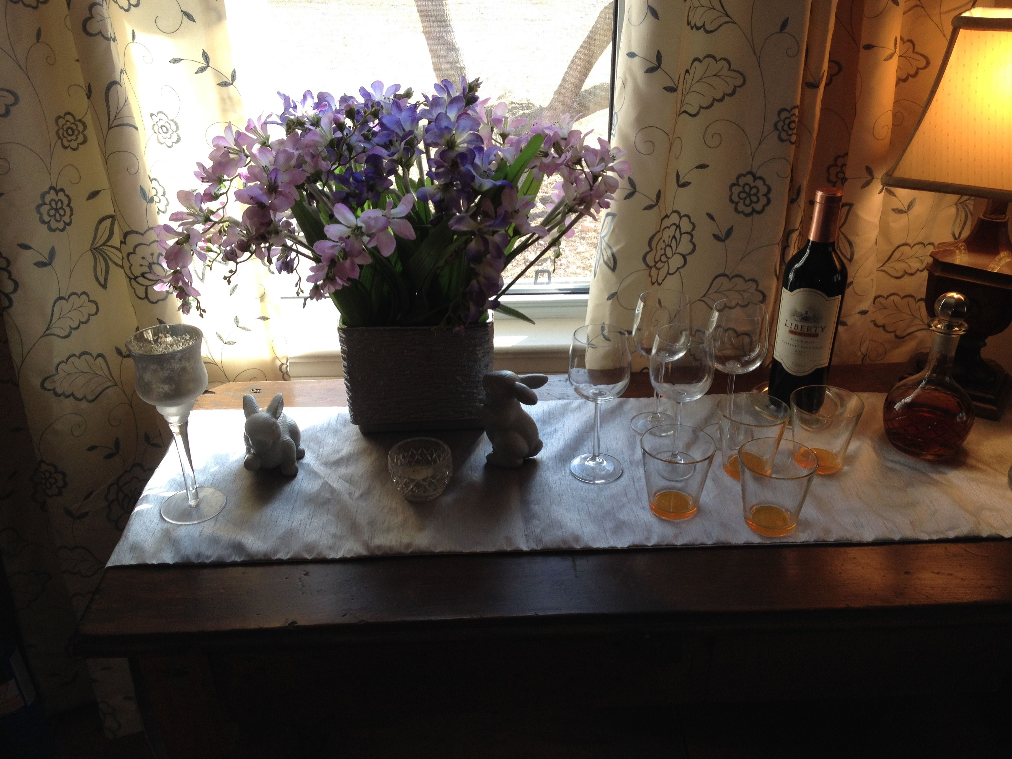 Easter Drinks Table
