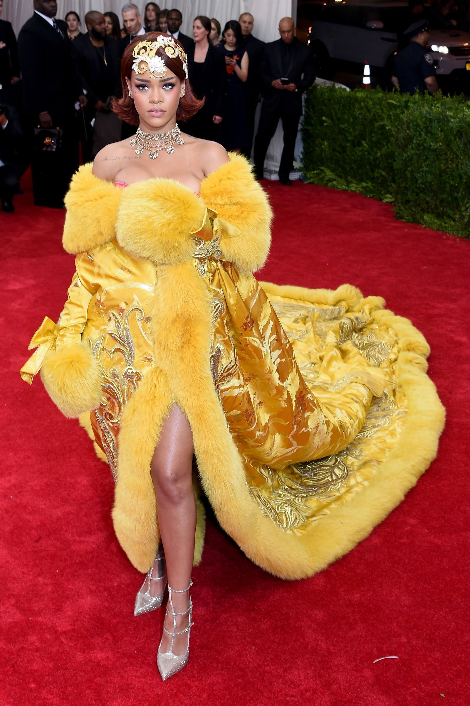 The Most Iconic Met Gala Dresses of All Time (With images ...