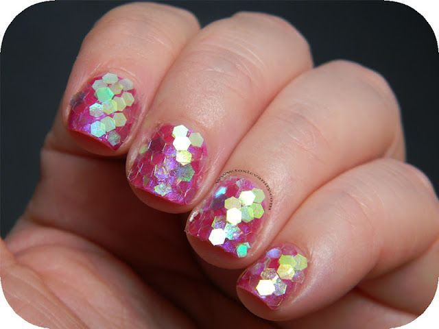 Scales Nails