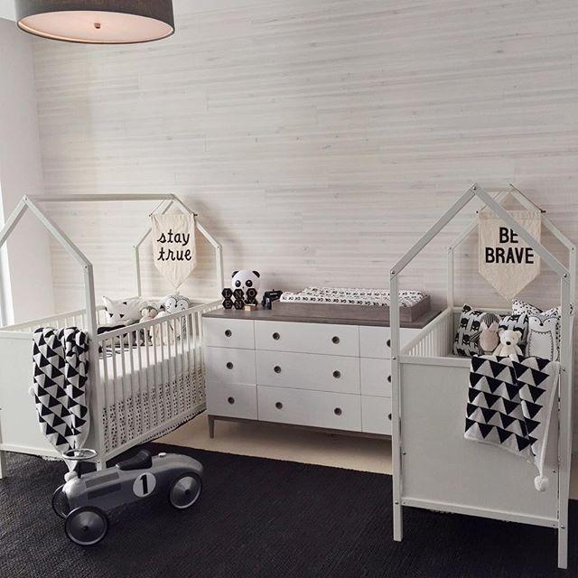Ideen für Zwillinge in einem Kinderzimmer. #babyroom nursery design ...