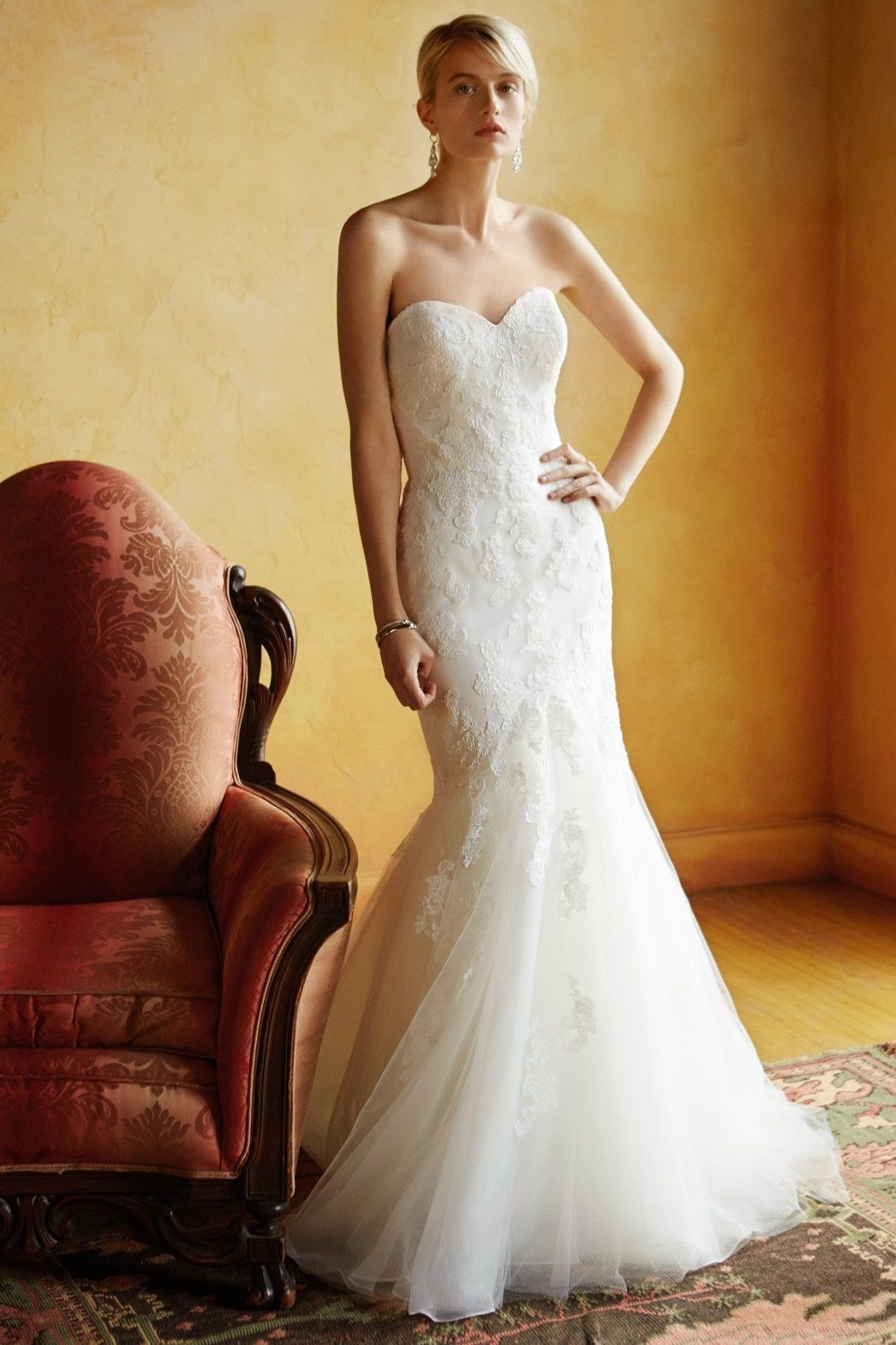 BT16-18 at Sposabella Bridal Gowns Durban. A gorgeous U-shaped ...