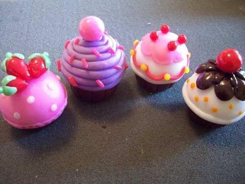 Cupcakes En Porcelana Fría Ideal Souvenirs O Mesa Dulce - $ 6,00