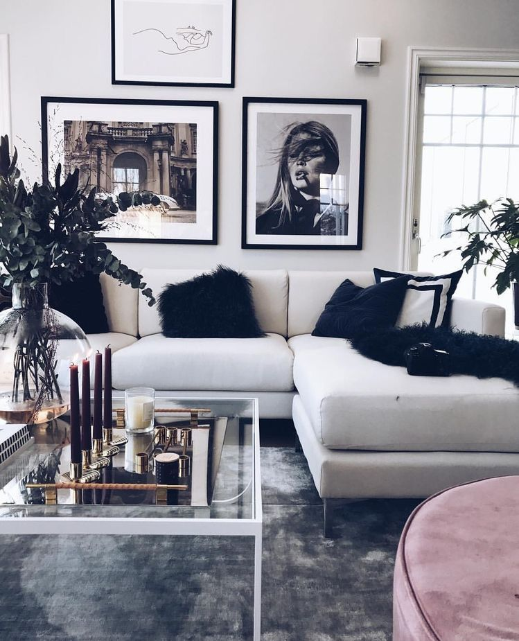 Black + white glam living room. #havenlylivingroom